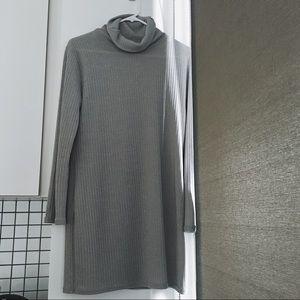 Dresses & Skirts - Gray Sweater Dress NWOT
